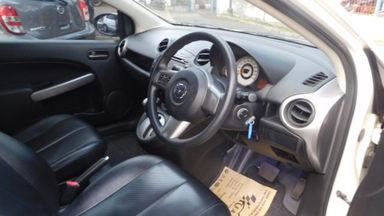 2010 Mazda 2 HB 1.5 AT - Siap Pakai Dan Mulus (s-9)