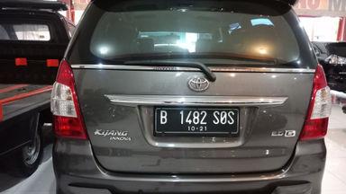 2011 Toyota Kijang Innova Venturer G - bekas berkualitas (s-1)