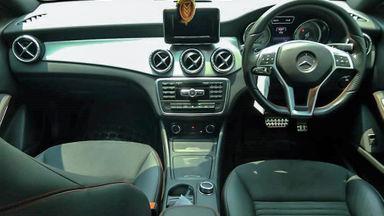 2014 Mercedes Benz CLA 200 . - Mobil Pilihan (s-3)