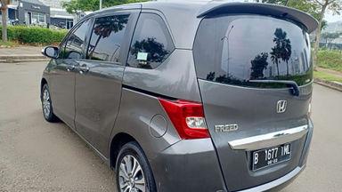 2013 Honda Freed PSD - Kondisi super mulus, siap pakai. (s-5)