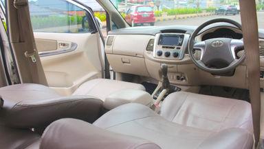 2013 Toyota Kijang Innova G MT - barang bagus terawat & siap tukar tambah (s-6)