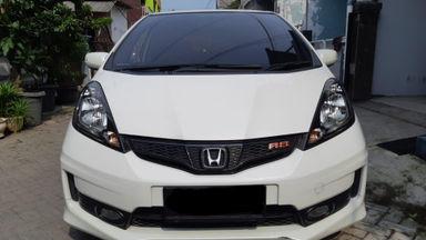 2013 Honda Jazz RS - Kondisi mantap siap pakai