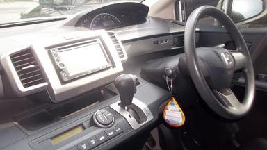 2013 Honda Freed PSD - Kondisi super mulus, siap pakai. (s-13)