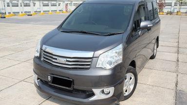 2013 Toyota Nav1 V 2.0 AT - bekas berkualitas