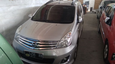 2013 Nissan Grand Livina 1.5 - Istimewa Seperti Baru (s-1)