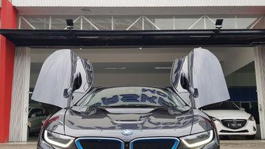 2015 BMW i i8 HYBRID - Kondisi Istimewa (s-4)