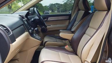 2010 Honda CR-V 2.0 I-Vtec - Barang Istimewa Dan Harga Menarik (s-12)