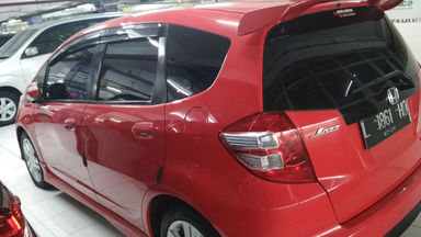 2010 Honda Jazz RS - Nyaman Terawat Barang Mulus (s-4)