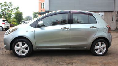 2008 Toyota Yaris E AT - barang bagus rawatan banget (s-2)