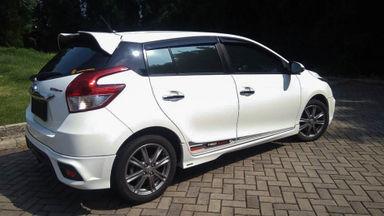2014 Toyota Yaris S TRD - Mobil Pilihan (s-4)