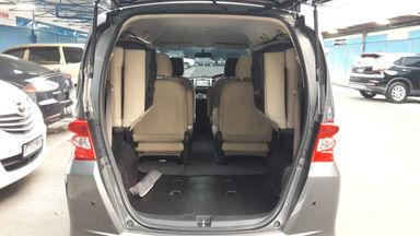 2011 Honda Freed Psd - Good condition, service record (s-4)
