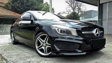 2014 Mercedes Benz CLA 200 . - Mobil Pilihan (s-0)