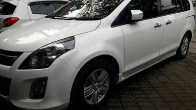 2012 Mazda 8 AT - Mulus Siap Pakai KM rendah (s-0)
