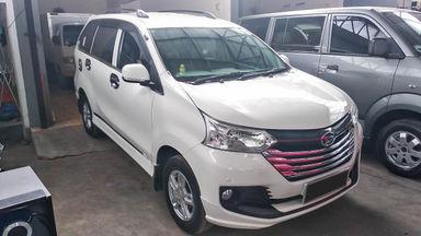 2015 Daihatsu Xenia 1.3 X - Mobil Pilihan