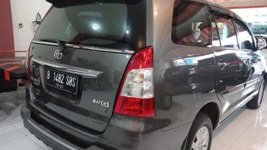 2011 Toyota Kijang Innova Venturer G - bekas berkualitas (s-5)