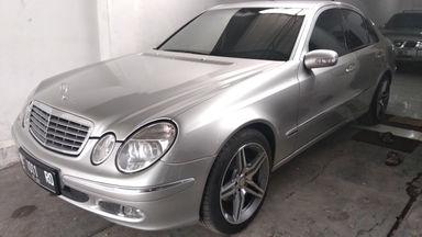 2003 Mercedes Benz E-Class E260 - mulus terawat, kondisi OK