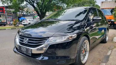 2010 Honda Odyssey 2.4 AT - Mulus Terawat