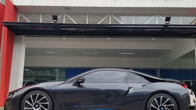 2015 BMW i i8 HYBRID - Kondisi Istimewa (s-10)
