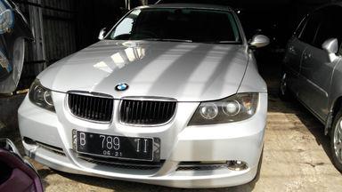 2005 BMW 3 Series 320i - Kondisi Istimewa (s-5)