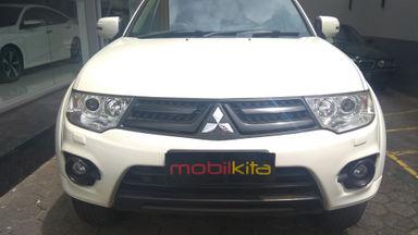 2013 Mitsubishi Pajero Sport Dakar 4x2 VGT - mulus terawat, kondisi OK, Tangguh