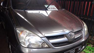 2008 Toyota Kijang Innova 2.0 G AT - Kondisi Terawat Siap Pakai (s-0)
