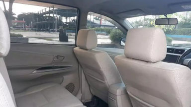 2013 Daihatsu Xenia R DLX - Good Condition (s-5)