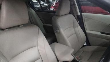 2013 Honda Accord VTIL 2.4 - Low Kilometer (s-3)
