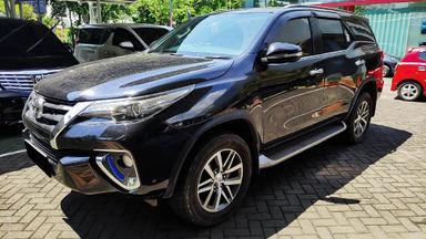 2016 Toyota Fortuner VRZ 2.5 AT - Mobil Pilihan