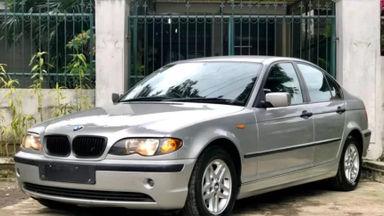 2003 BMW 3 Series 318i AT - Kondisi Istimewa KM Antik