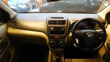 2012 Daihatsu Xenia R DELUXE 1.3 MT - Kondisi Mulus (s-5)