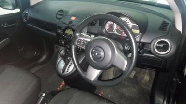 2012 Mazda 2 V Matic - Siap Pakai Dan Mulus (s-9)