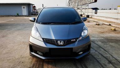 2013 Honda Jazz RS 1,5 - Mobil Pilihan (s-1)