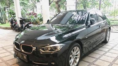 2017 BMW 3 Series 320i Sport - Kondisi Mulus Terawat