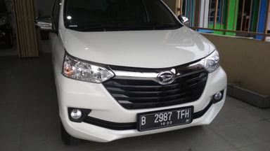 2015 Daihatsu Xenia X - Mulus Pemakaian Pribadi