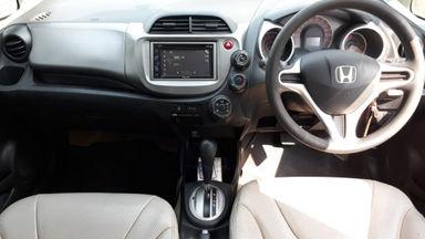 2011 Honda Jazz RS 1.5 AT - Kondisi Mulus Terawat (s-7)
