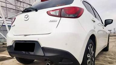 2016 Mazda 2 AT - Mobil Pilihan (s-3)