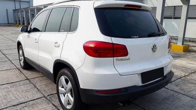 2013 Volkswagen Tiguan 1.4 TSI - Mobil Pilihan (s-1)