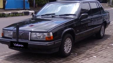 1997 Volvo 960 Turbo - Hitam Elegan Siap Lari Kencang