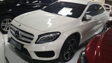 2015 Mercedes Benz GLA 200 AMG - Barang Mulus Seperti Baru