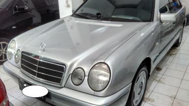 1997 Mercedes Benz E-Class E 230 - Body Mulus