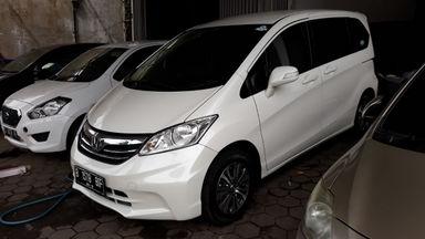 2014 Honda Freed 1.5 - Kondisi Mulus Siap Pakai