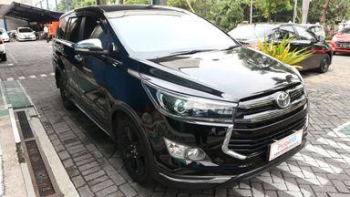 2017 Toyota Kijang Innova Venturer Q - bisa tunai / tukar tambah / kredit (s-0)