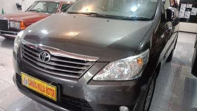 2011 Toyota Kijang Innova Venturer G - bekas berkualitas (s-0)