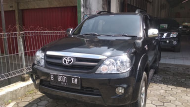2011 Toyota Fortuner G - Istimewa