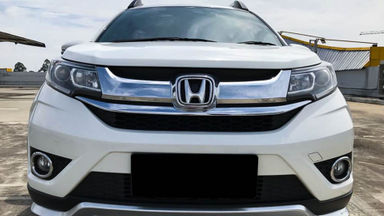 2017 Honda BR-V E Prestige CVT - Mobil Pilihan (s-0)