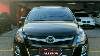 2011 Mazda 8 - good condition