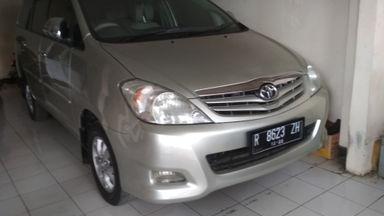 2009 Toyota Kijang Innova Venturer G - Warna Favorit, Harga Terjangkau