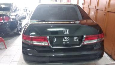 2004 Honda Accord MT - mulus terawat, kondisi OK, Tangguh (s-1)