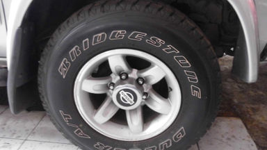 2003 Nissan Terrano 2.4 - Mulus Siap Pakai (s-1)