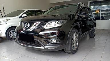 2014 Nissan X-Trail 2.5 - Mobil Pilihan (s-0)